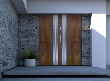 Prevent your dog from scratching your doors - without external products